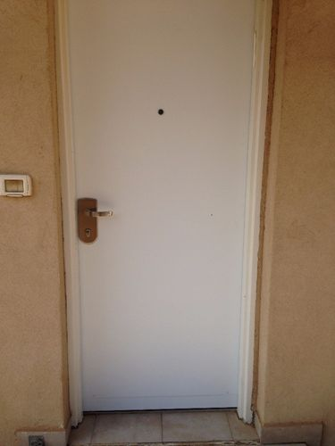 מקורי א.ב דלתות | החלפת דלת פלדלת RN-66